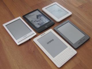 Velký test elektronických čteček knih. Na čem si nejlépe počtete?