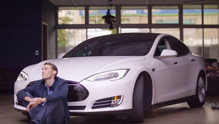 Tesla Asus
