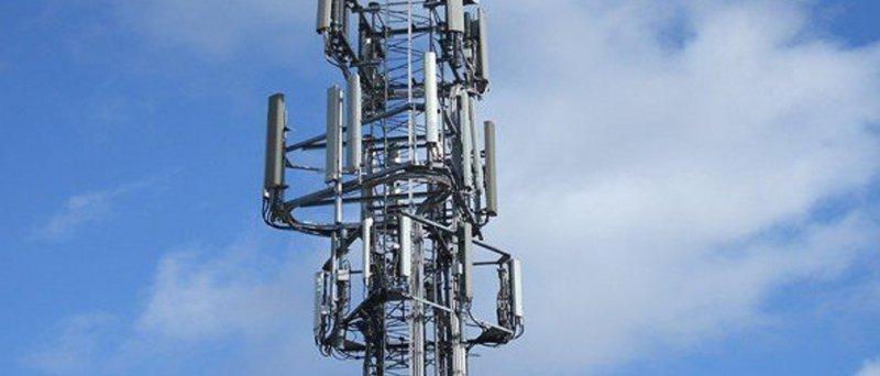 """""""Neomezený"""" mobilní internet 50 Mbps jen za 5 euro? Revoluce na Slovensku"""