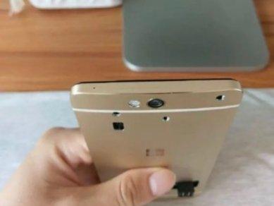 Lumia 960 Proto 05