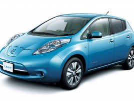 Nissan-Leaf-Japanese-Spec-front-side-view11